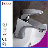 Fyeer Badezimmer-zeitgenössisches einzelnes Griff Chrom überzogener MessingHot&Cold Wasser-Mischer-Hahn