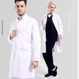 Le V-Collet neuf de type médical frotte avec les poches multiples de coton