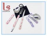 Conjunto determinado de la cuchara de la fork del cuchillo de la cuchillería que acampa