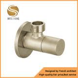 Válvula de ángulo de cobre amarillo de calidad superior
