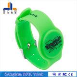 Wristband modificado para requisitos particulares del silicón de RFID para los boletos del parque de atracciones