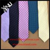 Los Mens forman el lazo del telar jacquar de la seda del 100% para los hombres