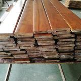 Вспомогательное оборудование настила Stairnose твердое Stairnose большой твёрдой древесины акации листьев