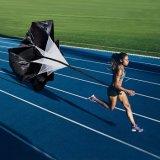 Парашют скорости подвижности тренировки тренировки футбола футбола пригодности