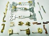 部分を押す接触のばねの金属クリップ