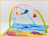 幼児は海洋の演劇の体操の赤ん坊の演劇のマットをもてあそぶ