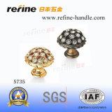 Nouveau bouton de diamant de matériel de meubles de conception (Z-5735)
