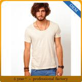 Gli uomini su ordinazione mettono la maglietta in cortocircuito normale del manicotto