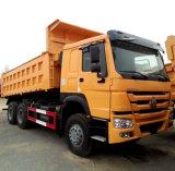 Sinotruk HOWO 6X4 10の車輪のダンプカートラックの価格