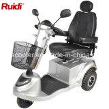 mittelgrosser Mobilitäts-Roller des Rad-950W drei
