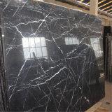 La maggior parte del marmo nero competitivo di Marquina con le vene bianche