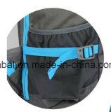 S'élever de montagne campant de course de sports en plein air augmentant le sac de sac à dos