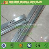 Línea de carril vertical galvanizada del aguilón del enrejado en forma de Y del viñedo poste
