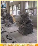 Asiatische Schutz-Steinstatue