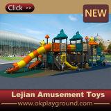 China-Fabrik-Preis-Kind-im Freien Plastikspielplatz (X1507-10)