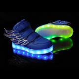 날개 아이 소년 소녀 형식은 LED를 가진 운동화 USB 비용을 부과 단화를 불이 켜진다