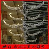 Ghirlanda dell'indicatore luminoso della decorazione di natale del CE che appende l'indicatore luminoso chiaro della decorazione del centro commerciale