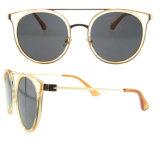 Les glaces 2016 de la Chine Wholesale Lentes De Sol Custom Sun possèdent les lunettes de soleil bon marché polarisées de marque