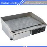 Piastra elettrica della griglia con il piatto di cottura costolato