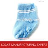 Antibeleg-Silikon-überzogene Socken des Babys (UBUY-106)