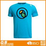 Les sports des hommes exécutant le T-shirt sec d'ajustement