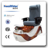 Beauty Salon (C116-17-S)에 있는 나무로 되는 Pedicure Chair Used