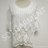 Chemisier de trois quarts blanc de crochet de lacet de chemise de femmes (BL-149)