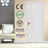 外部の木製のドア