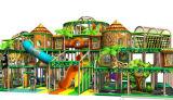 喝采の娯楽ジャングルのテーマの屋外の運動場