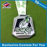 Médaille 2016 en alliage de zinc argentée de recyclage créatrice