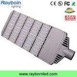 Iluminação de rua residencial do diodo emissor de luz de Pólos do lote de estacionamento da fotocélula 140lm/W 200W (RB-STC-200W)