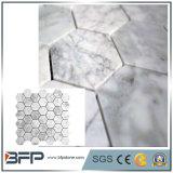 インテリア・デザインのための白い大理石のモザイクまたはパターン自然な石造りのタイル
