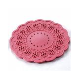 流行の創造的な花の形の多色刷りの円形のシリコーンのコップのマット