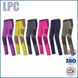 衣服の工場方法カスタマイゼーションの防水スキーズボン