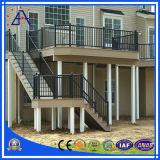 Sicherheit, die für Gebäude-Treppenhaus mit vielen Farben ficht