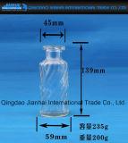 Leite requintado do projeto e frasco de vidro do suco