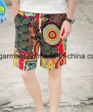 Gli Shorts della scheda dell'uomo, asciugano rapidamente gli Shorts di nylon della spiaggia del tessuto