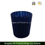 Candela del vaso riempita vetro di Ribbled con i vari profumi