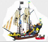 Block-Spielwaren des Piraten-Serien-Entwerfer-Seeräuber-Abenteuer-590PCS