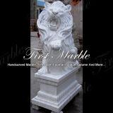 Scultura bianca del leone di Carrara per la mobilia Ma-615 del giardino