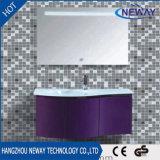 Шкаф ванной комнаты PVC горячего сбывания белый самомоднейший освещенный СИД