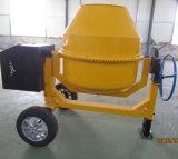 Macchinario edile una betoniera da 700 litri