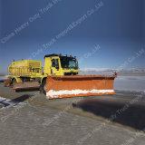 Sinotruk Multifunktionsschnee-Reiniger-LKW-Schnee-Remover/Schnee-Kehrmaschine im Winter