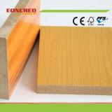 MDF impermeabile della melammina bianca di legno del grano di prezzi all'ingrosso
