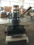Lederne faltende heiße Aushaumaschine mit Folien-Führung (Tam-310-L)