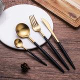 L'or d'acier inoxydable a plaqué le jeu de cuillère de fourche de couteau de vaisselle de dîner