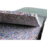 Azulejos reciclados coloridos cuadrados del caucho del patio