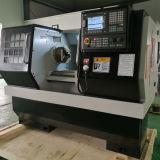 2 as 500mm het Economische Metaal dat van de Schommeling GSK CNC de Machine van de Draaibank draait