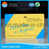 La identificación elegante plástica carda la tarjeta de tira magnética transparente mate