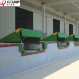 Leveler de doca ajustável do carregamento do recipiente hidráulico fixo estacionário do caminhão do armazém